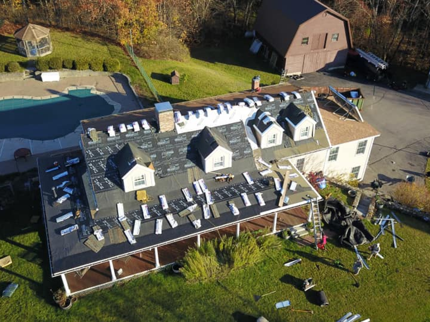 What to expect when getting your roof replaced